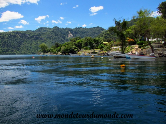 Lac Atitlan (1).JPG